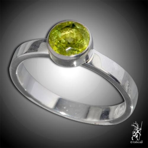 PERIDOT ca 6 mm facettiert Design Echtsilber Ring