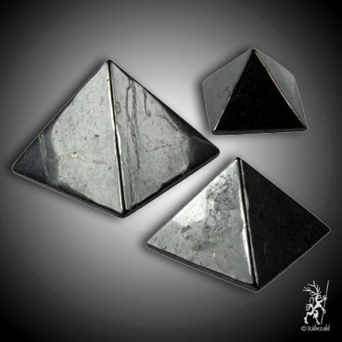 SCHUNGIT Pyramide diverse Größen zur Wahl