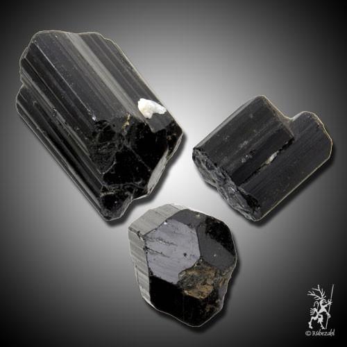 TURMALIN schwarz Kristall