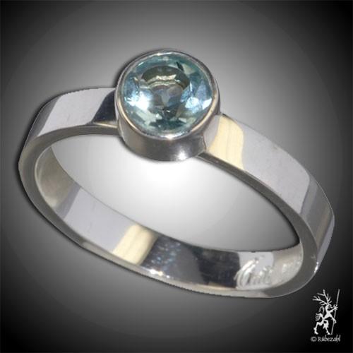 TOPAS blau ca. 6 mm face. Design Echtsilber Ring