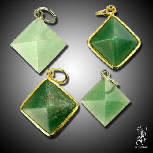AVENTURIN QUARZ (grün) Pyramide Anhänger