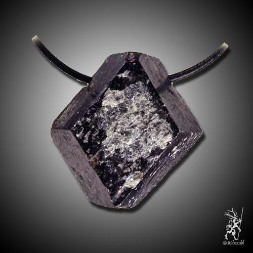 GRANAT Kristall gebohrt Anh. geol.