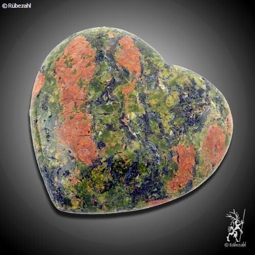 UNAKIT (Epidot) Herz Handschmeichler div. Größen