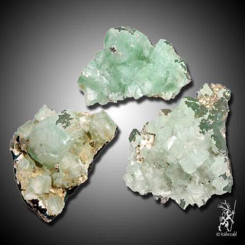 APOPHYLLIT grün Naturkristallgruppe